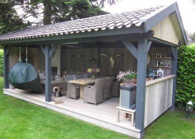 Buitenkeuken loungeplek (4)